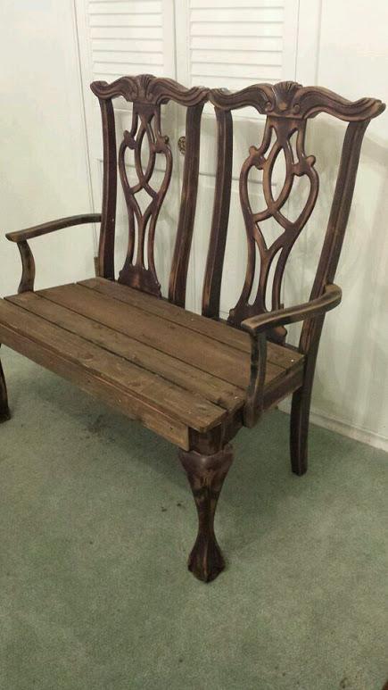 banco jardin con sillas 2